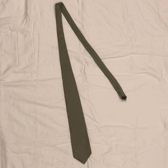 Dkny Other - DKNY Tie